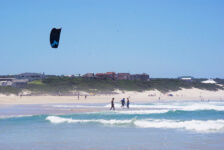 Seals Backpackers Kite Boarding3